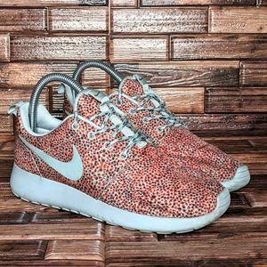 Nike Roshe Run Print Chetah - Women's 6.5